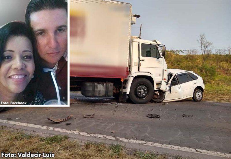 Batida frontal entre carro e caminhão mata casal na região de Rancharia - Valdecir Luís/Facebook