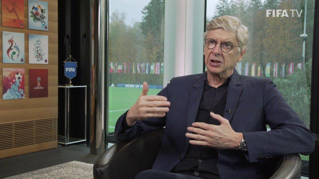 Wenger diz que Fifa poderá estrear 'impedimento automático' na Copa de 2022 - Reprodução