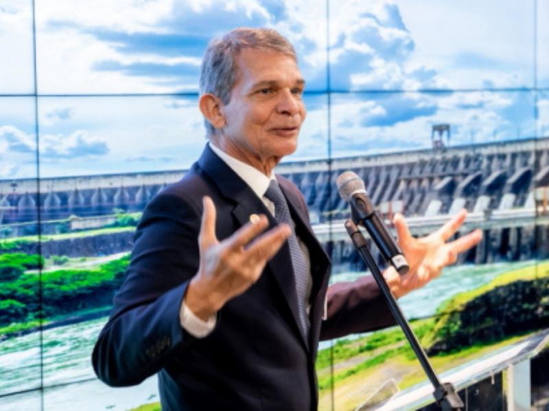 """""""Crise hídrica se arrasta e deve perdurar até novembro"""" - Reprodução"""